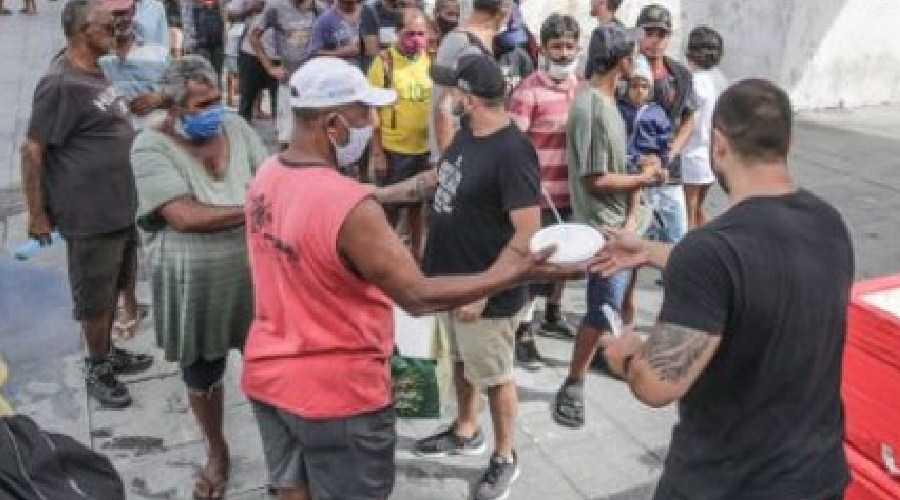 Fome: No Governo Bolsonaro, comida custa 25 horas a mais de trabalho por mês